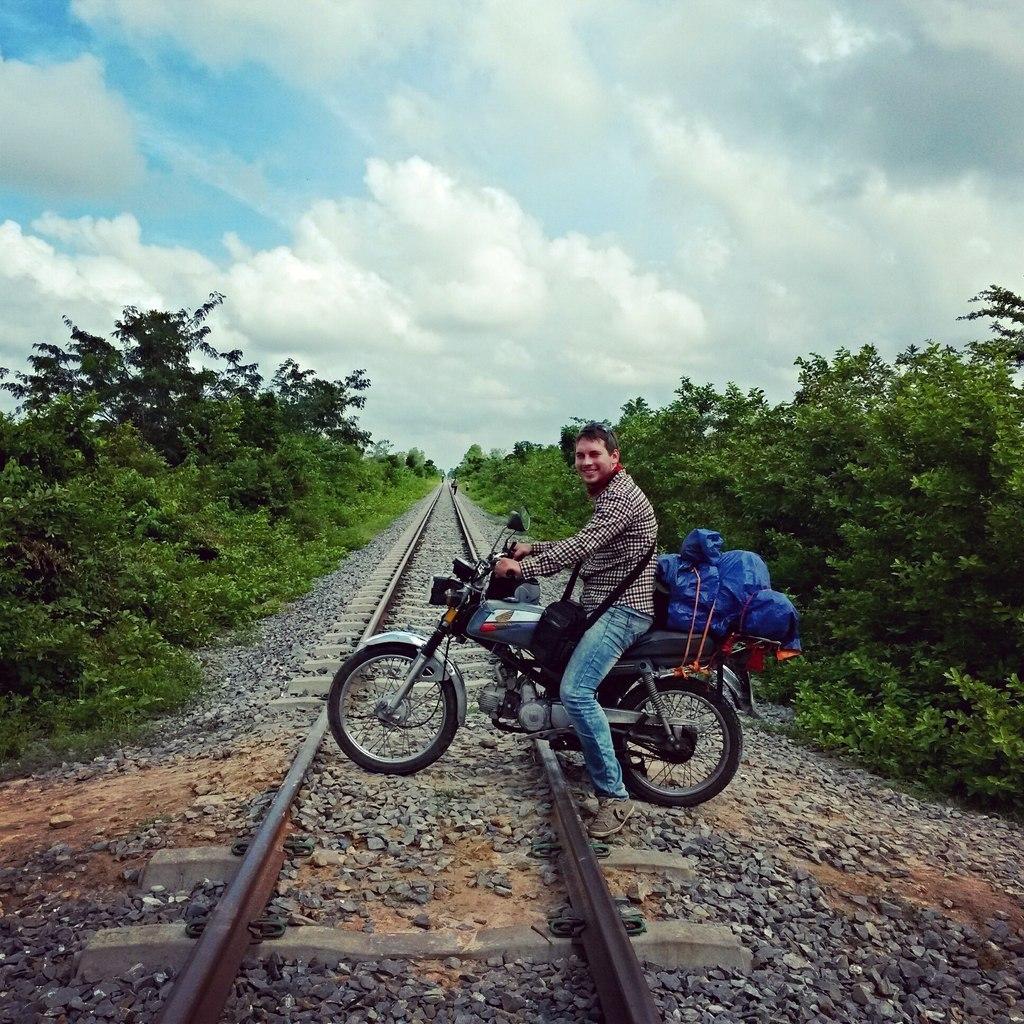 на жд в камбодже