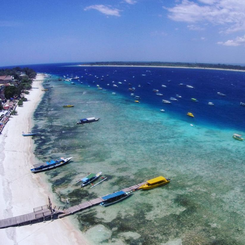 gili islands birdseyes view